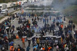 Kilométricas colas en las carreteras catalanas por los cortes de Tsunami Democràtic