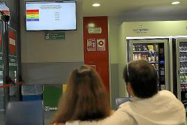 Instalan pantallas informativas en las salas de espera de Urgencias de Son Espases