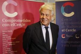 Felipe González critica a PSOE y Podemos por repartirse cargos antes de hablar de programa