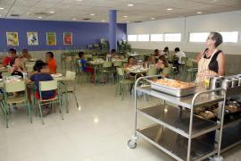 Más de 6.200 alumnos recibirán las ayudas de comedor este curso, un 47 % más