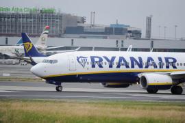 Denuncia el 'maltrato' de Ryanair al obligarle a pagar de más en un vuelo Madrid-Palma