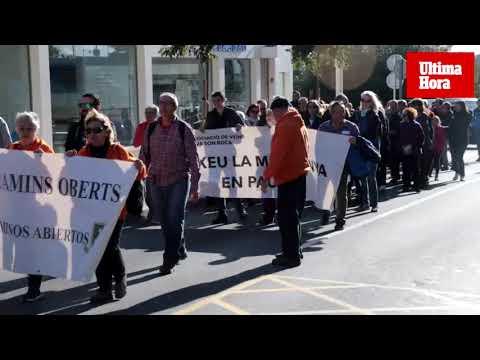 Unas 100 personas participan este domingo en la 'Marcha por el Clima' en Palma