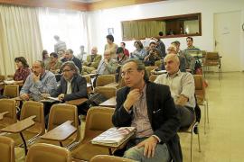 La falta de acuerdo del Consell Escolar evita que se pida la retirada de la libre elección de lengua