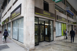 Bankia devolverá a 200 clientes el gasto más elevado que hagan con tarjetas de crédito en el Black Friday