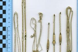La Guardia Civil desarticula una organización de menores que robó joyas en 55 casas