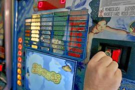 Las quejas vecinales van a propiciar la paralización de nuevos salones de juego en Baleares