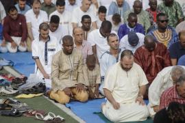 Los musulmanes piden a Justicia una casilla en el IRPF como la de la Iglesia y enseñanza islámica en Secundaria