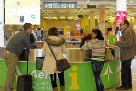 Las aerolíneas aumentan más de un 20 % el precio de los billetes para Navidad y Reyes