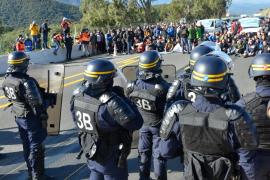 Los camioneros llevan a los tribunales los cortes de carretera en la Junquera