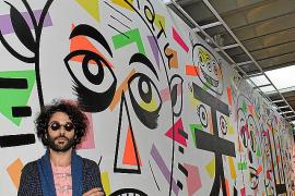 Albert Pinya inaugura en Madrid un mural inspirado en el cómic y la filosofía oriental