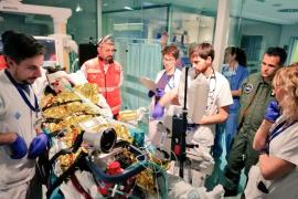 El SAMU 061 y el Ejército se movilizan para trasladar a una paciente grave a Barcelona