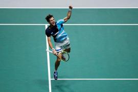 Pella coloca a Argentina cerca de las semifinales de la Davis