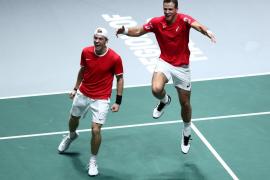 Canadá vence a Rusia y espera rival para la final de la Davis