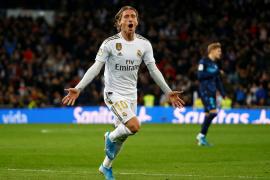 El Bernabéu engulle a la Real Sociedad y castiga a Bale