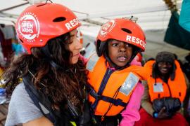 Evacuados a Italia once de los 73 rescatados del Open Arms