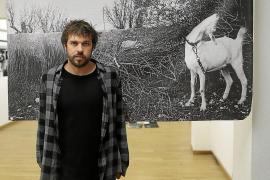 Tomeu Coll presenta 'Malas tierras', su visión del Pla de Sant Jordi