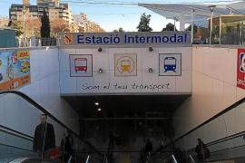 Condenado por tocar el pene a un hombre en el baño de la Estación Intermodal de Palma
