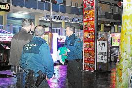 Dos heridos graves en sendas peleas con cuchillos y botellas en Palma y Magaluf