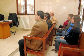 Dos exconcejales de Urbanismo de Menorca pactan para librarse de la cárcel