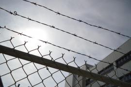 La tortura psicológica pasiva en una cárcel extranjera