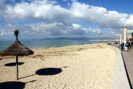 La primera línea de la Playa de Palma cierra al tráfico los domingos en invierno