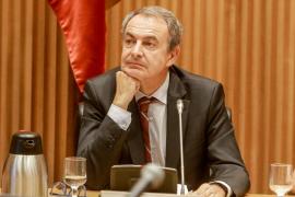 Zapatero elogia a Otegi y dice que se les prometió participar en el juego democrático cuando abandonaran la violencia