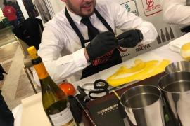 Leonel Montoya, residente en Mallorca, campeón nacional de Gin & Tonics