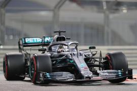Hamilton gana en Abu Dabi y Sainz acaba sexto en el Mundial