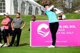 Nuria Iturrioz cierra el Top 10 del Open de España de golf