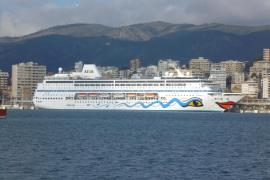 El 'Aida Mira' inicia la temporada desde Palma a Sudáfrica