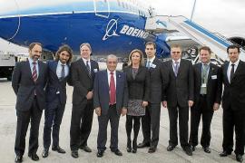 Air Europa presenta el Boeing 787 Dreamliner, el avión del futuro
