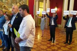Més decide aislar a Vox y no debatirá con ellos en el Parlament sus polémicas propuestas
