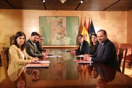 PSOE y ERC avanzan en la «vía política» de resolución del «conflicto» catalán