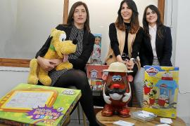 Consultas legales a cambio de juguetes