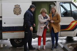 Detenida una mujer cuando intentaba incendiar la puerta de la casa de su madre en Palma