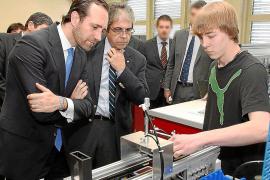El Govern copiará el modelo de empresa-escuela suizo de FP