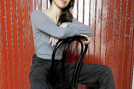Caty Carrasco lleva al Teatre del Mar su espectáculo «más personal e intenso»