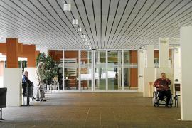 Piden un año de cárcel por agredir a un sanitario en la residencia La Bonanova