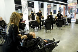 llonqueras elite peluqueros
