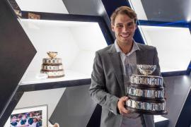Nadal exhibe la Copa Davis en su museo de Manacor