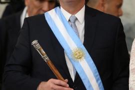 El peronista Alberto Fernández jura como presidente de Argentina