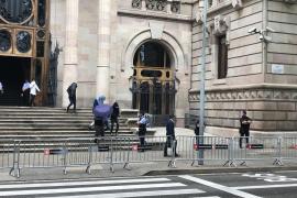 Dos condenados de la manada de Manresa no comparecen en la vista del ingreso en prisión