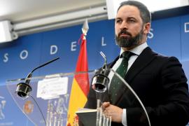 Abascal dará un no a Sánchez pero le apoyará si actúa contra los separatistas