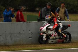 Salom acaba segundo tras una accidentada carrera en Jerez