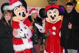 Inauguración del. Mercadillo de Navidad del Pueblo Español