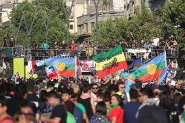 Chile conmemora ocho semanas de crisis con un concierto masivo