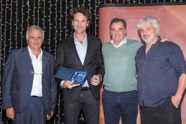 El tenis balear homenajea a Carlos Moyà