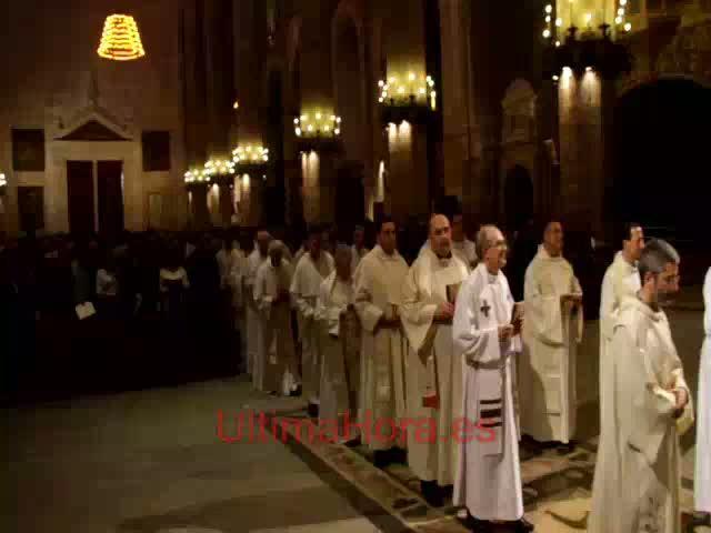 El obispo de Mallorca ordena a cinco nuevos diáconos en la Catedral