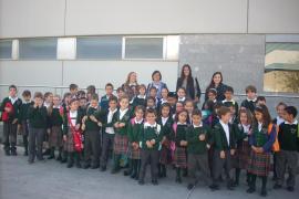 1º y 2º de Primaria del colegio San Vicente de Paul visitan el Grupo Serra y Endesa