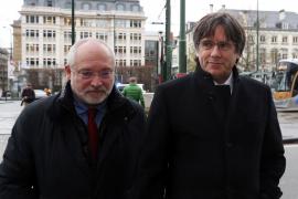 Puigdemont pide suspender su euroorden hasta que TJUE resuelva su inmunidad